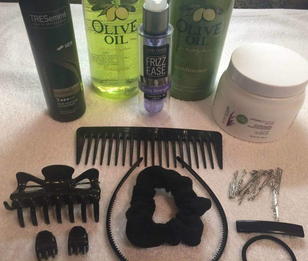 minimalist products I use on my hair