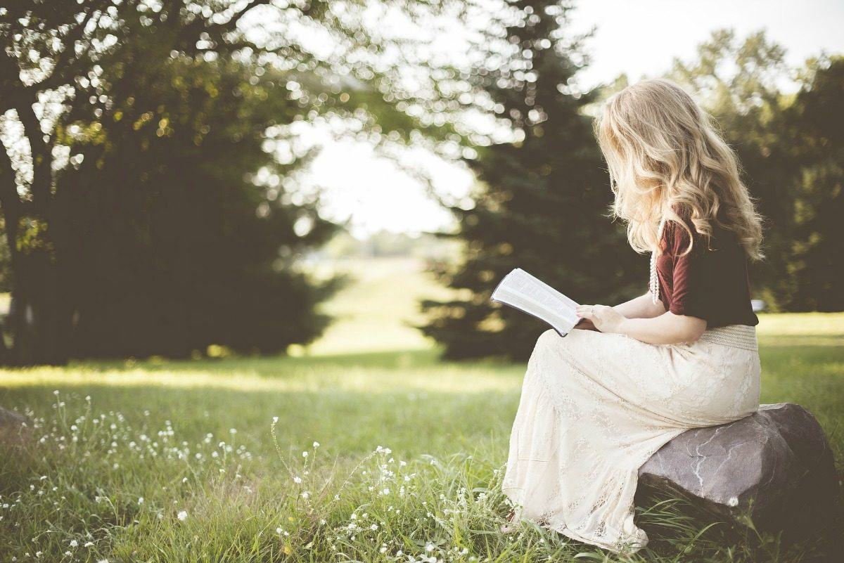 Top 10 Books About Simple Living For 2018 And Beyond