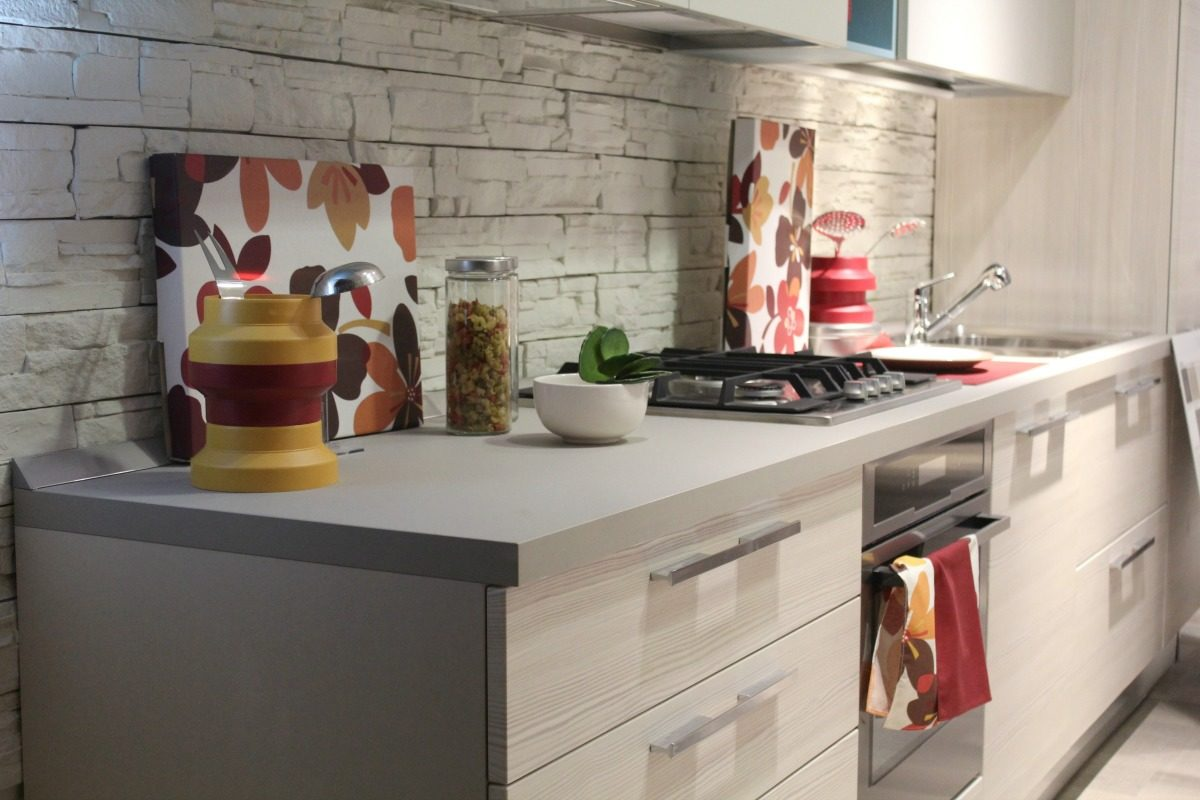 Organizing A Small Kitchen: Essential Tips To Make The Most Of A Small Space